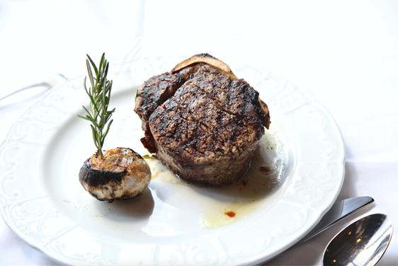 Steakhouses Go Au Naturel