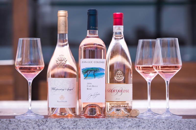Smith & Wollensky Takes Flight With Spring Wines