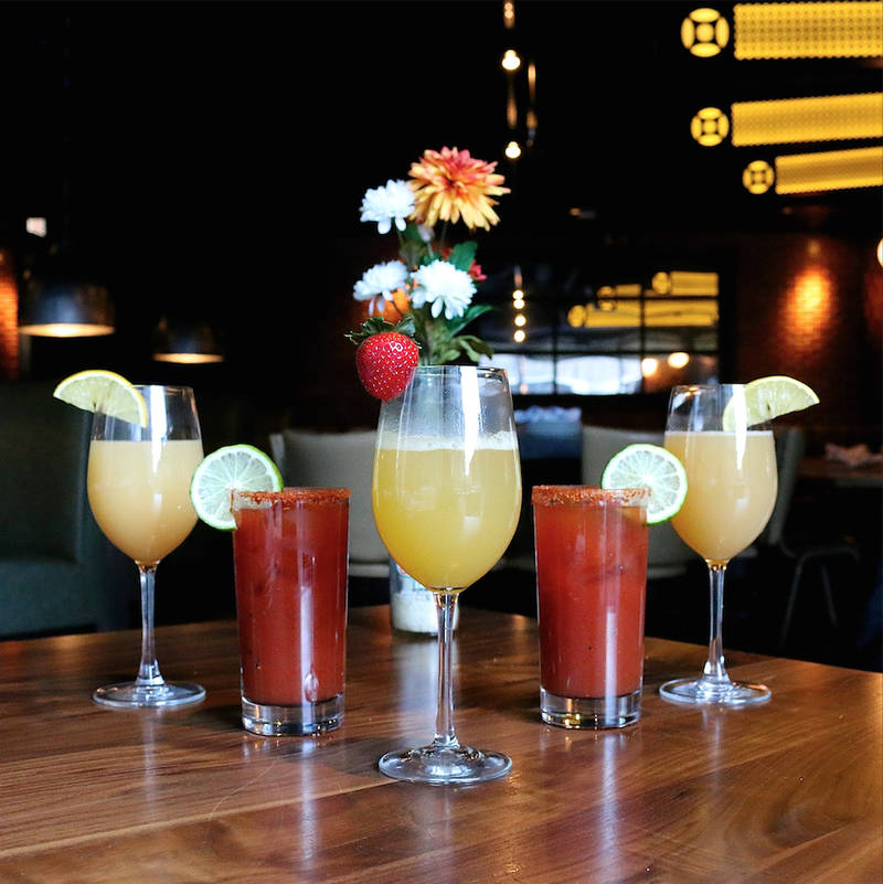 Weekly Planner: Bottomless Brunch Cocktails, New Year