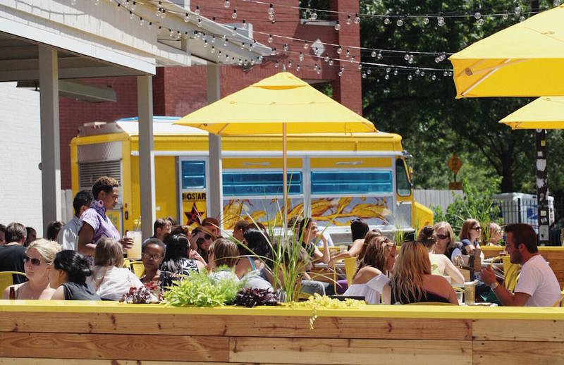 Spring Has Sprung at Chicago Restaurants, Markets and Ice Cream Shops
