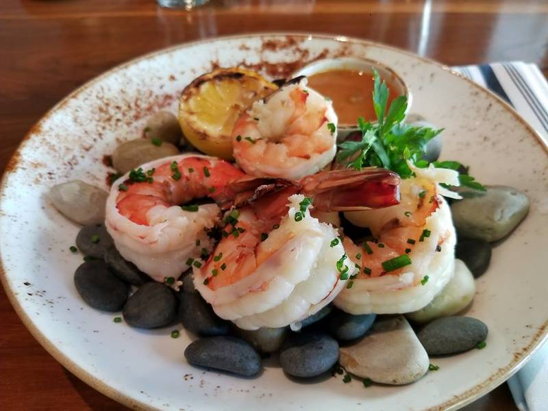 Seafood Shines at These Seattle Steakhouses
