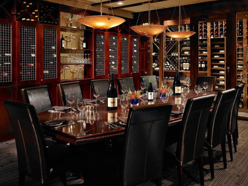 """Best """"Home for the Holidays"""" Atlanta Steakhouses"""