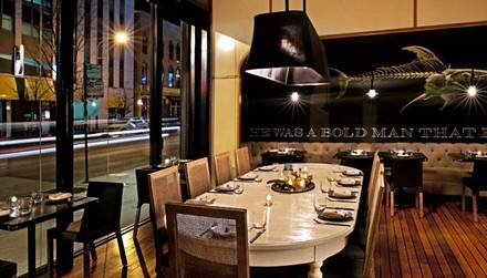 GT Fish & Oyster best restaurants in downtown chicago;