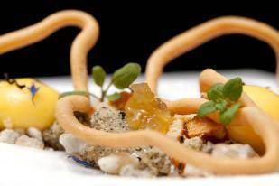 Alinea best restaurants in chicago loop;