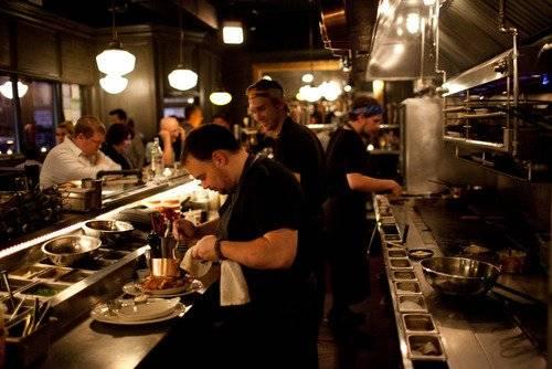 Au Cheval Restaurant In Chicago Chicagosbestrestaurant Com