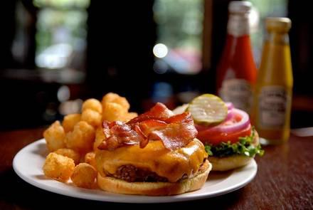 WestEnd Bar & Grill best restaurant chicago;