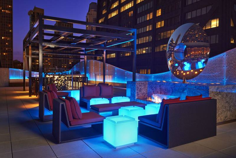 Dec Rooftop Lounge Bar Restaurant In 160 E Pearson St