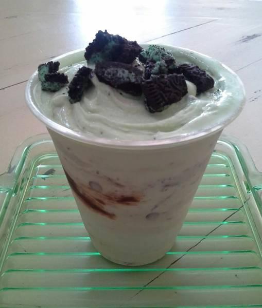 Lickity Split Frozen Custard & Sweets