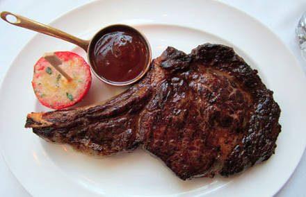 Gene and Georgetti  best steak chicago