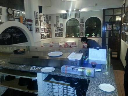 Roberto's Ristorante & Pizzeria pizzas in Chicago;
