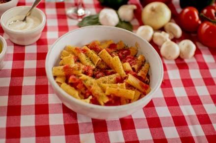 Pizano's Pizza & Pasta - Loop deep-dish pizza