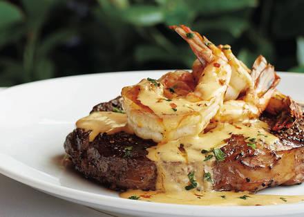 Fleming's Prime Steakhouse & Wine Bar best steak in miami