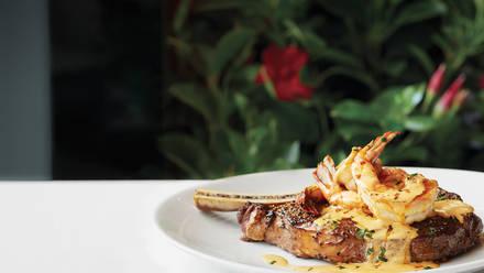 Fleming's Prime Steakhouse & Wine Bar brazilian steakhouse miami