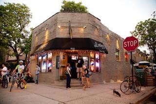 Lottie's Pub