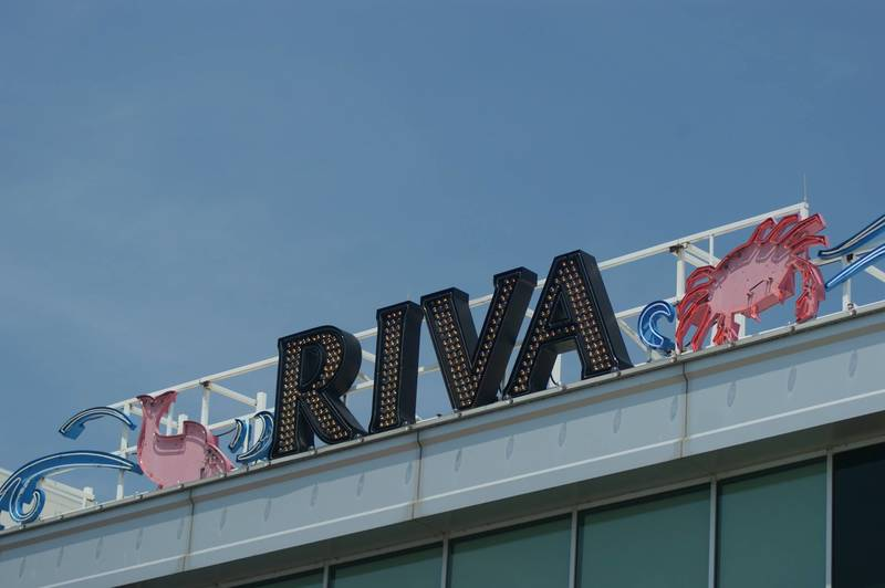 Riva Crabhouse on Navy Pier