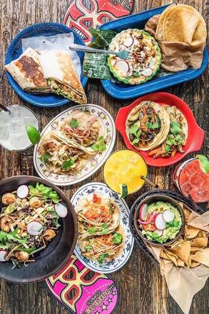 Broken English Taco Pub Lincoln Park best german restaurants in chicago;