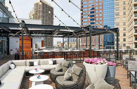 Noyane best chicago rooftop restaurants;