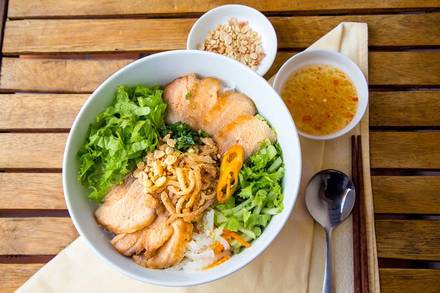 Pho Viet best restaurants in chicago