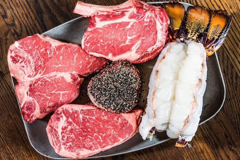 Gibsons Bar & Steakhouse - Oak Brook