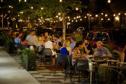 Coda di Volpe best chicago rooftop restaurants;