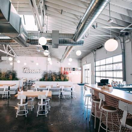 Parson's Chicken & Fish Lincoln Park best italian restaurant in chicago;
