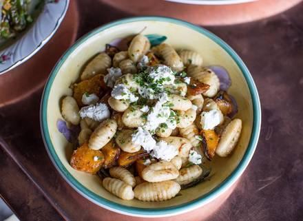 Pennyville Station best german restaurants in chicago;