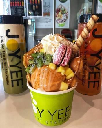Joy Yee Plus best french bistro chicago;