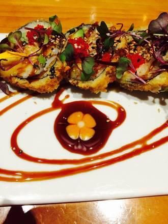 Hot Woks Cool Sushi - Roscoe Village best fried chicken in chicago;