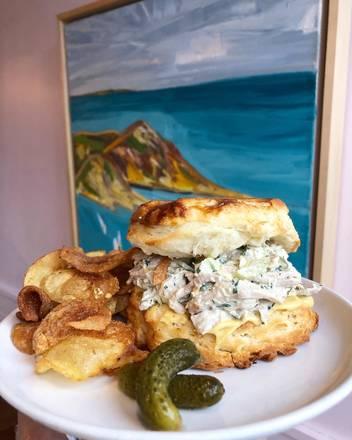 Bar Biscay best fried chicken in chicago;