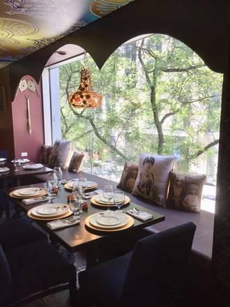 The Indian Garden - Chicago best german restaurants in chicago;