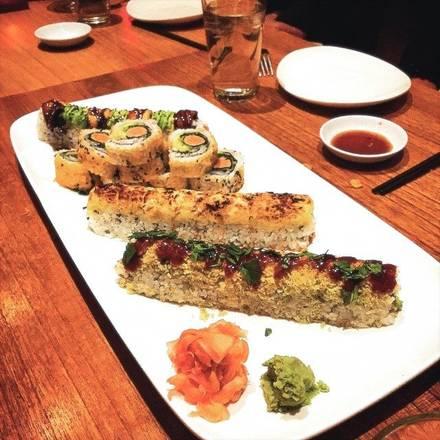Rise Sushi & Sake Lounge best restaurant chicago;