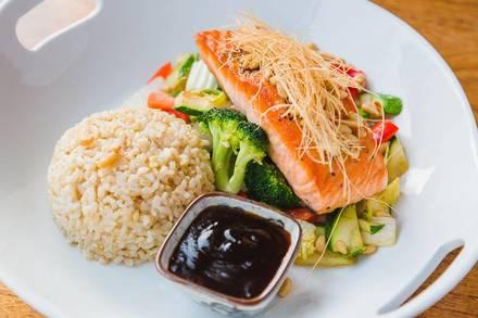 Rise Sushi & Sake Lounge best ramen in chicago;