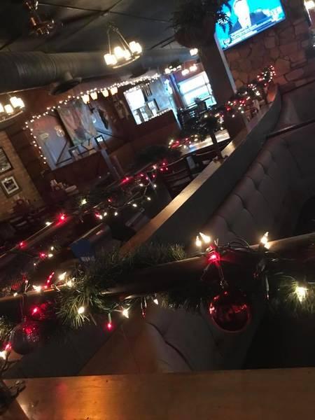 The CrossRoads Bar & Grill