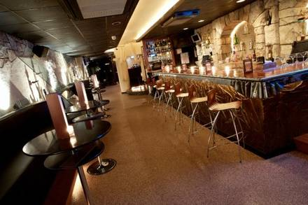 Suite Lounge best italian restaurant in chicago;