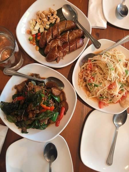 Aroy Thai Restaurant