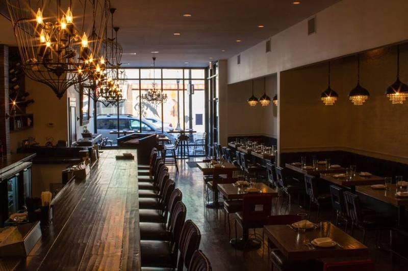 Weekday Planner: Absinthe Dinner at Community Tavern, Buffalo Chicken Ramen at Arami, Chablis Dinner at Cherry Circle Room, Texas Tiki Disco