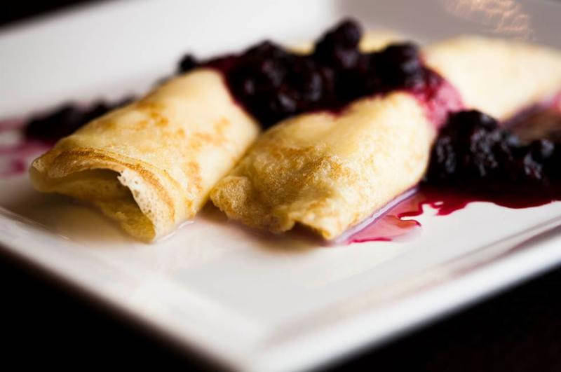 Fall Into the Chicago's Newest Brunch Menus