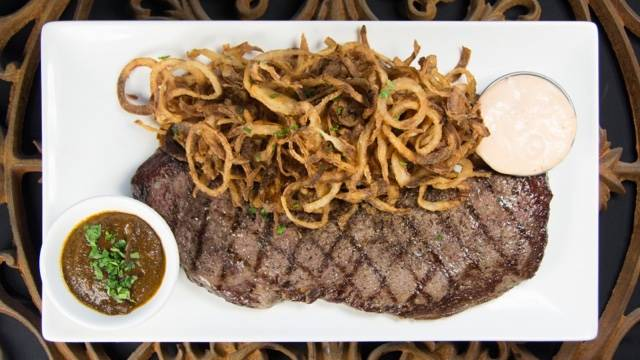 Lincoln Square Gets a Steakhouse All Its Own
