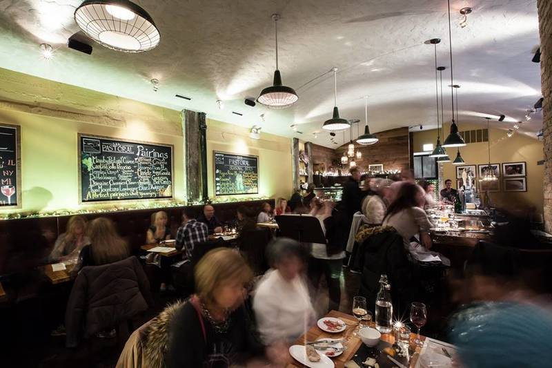 Where to Eat on New Year's Day in Chicago