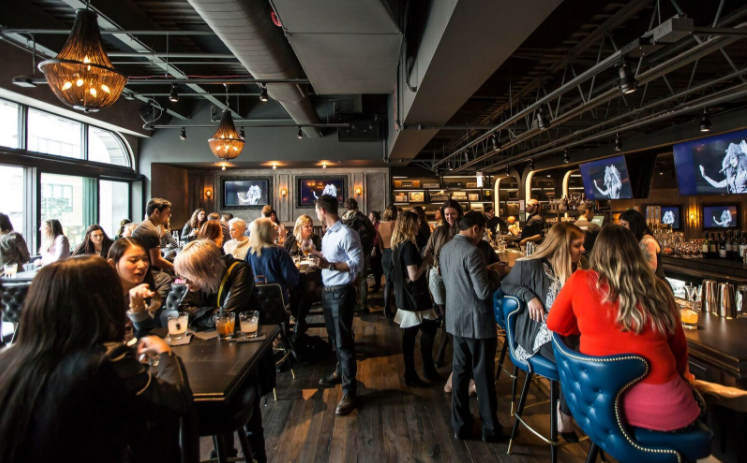 Weekly Planner: Happy Hour at SteakBar, Monday Griddle Burgers, Sweetest Day and More