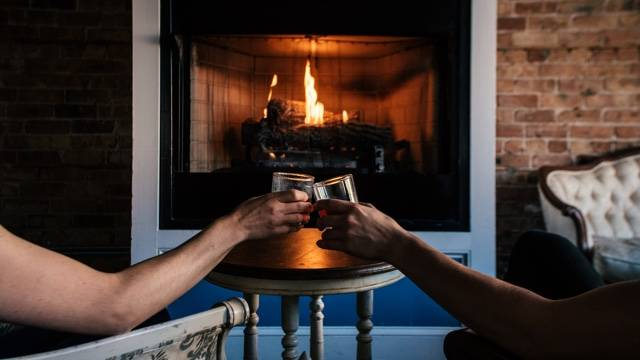 Chicago's Coziest Restaurants for Fireside Dining