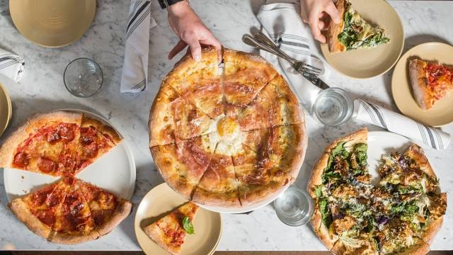 Where to Eat on New Year's Day 2018 in Chicago