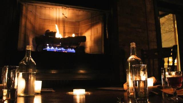 Keep Cozy by Chicago's Best Fireside Bars