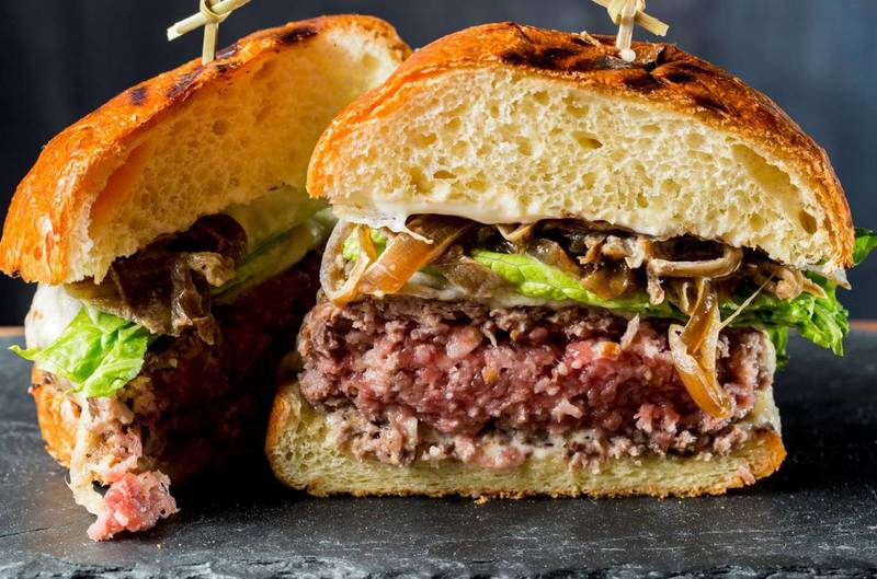 New York Steakhouses, Perfect Places to Celebrate National Hamburger Day