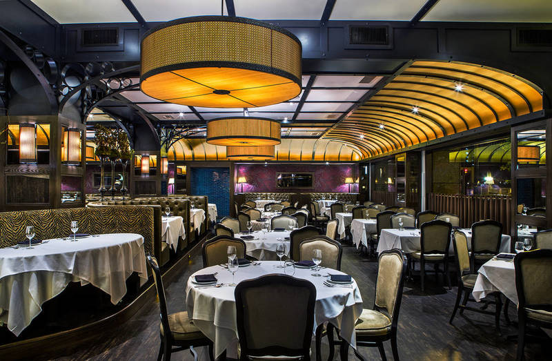 FOR MOTHER'S DAY, TAKE HER TO ONE OF CHICAGO'S VERY BEST STEAK HOUSES