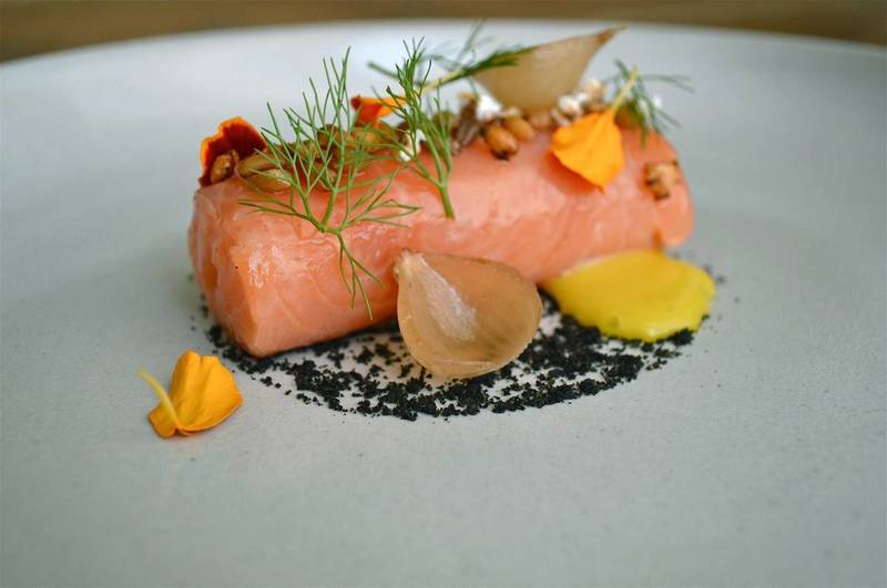 YES, YOU WANT DINNER AT CHICAGO'S MICHELIN ONE-STAR RESTAURANTS!